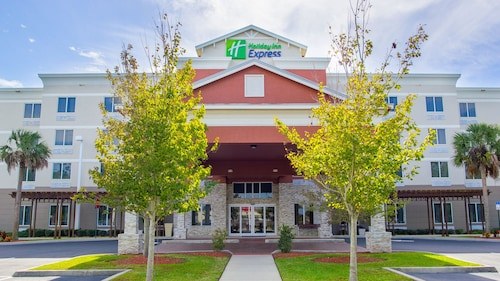 Holiday Inn Express & Suites Palm Bay, an IHG Hotel