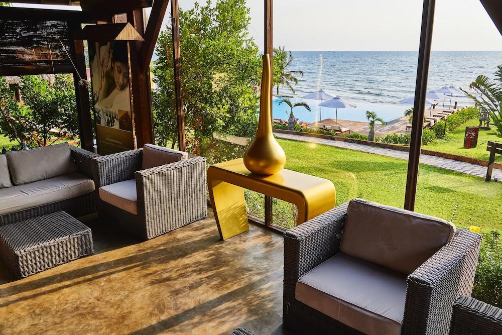 Chen Sea Resort & Spa: 2019 Room Prices $93, Deals & Reviews