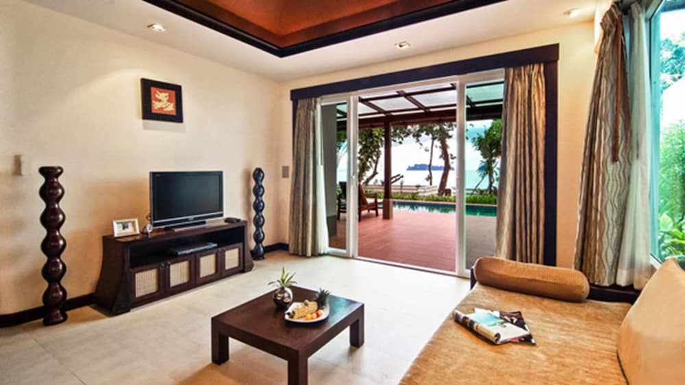 Living Area, Anyavee Tubkaek Beach Resort