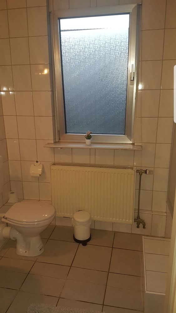 Bathroom, Hotel Restaurant Zum Stern