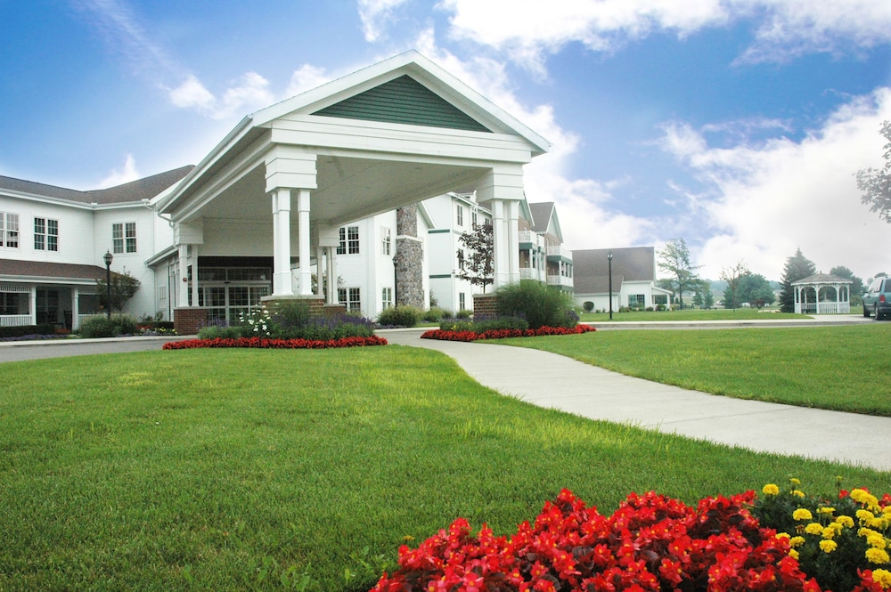 Featured Image, Essenhaus Inn & Conference Center