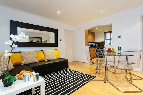 Deluxe Old Street - Two Bed Apartment