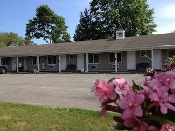 Westhampton Beach Motel Travel Guide