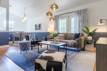 Spectacular 4BR / 2BA Austin Home by Domio