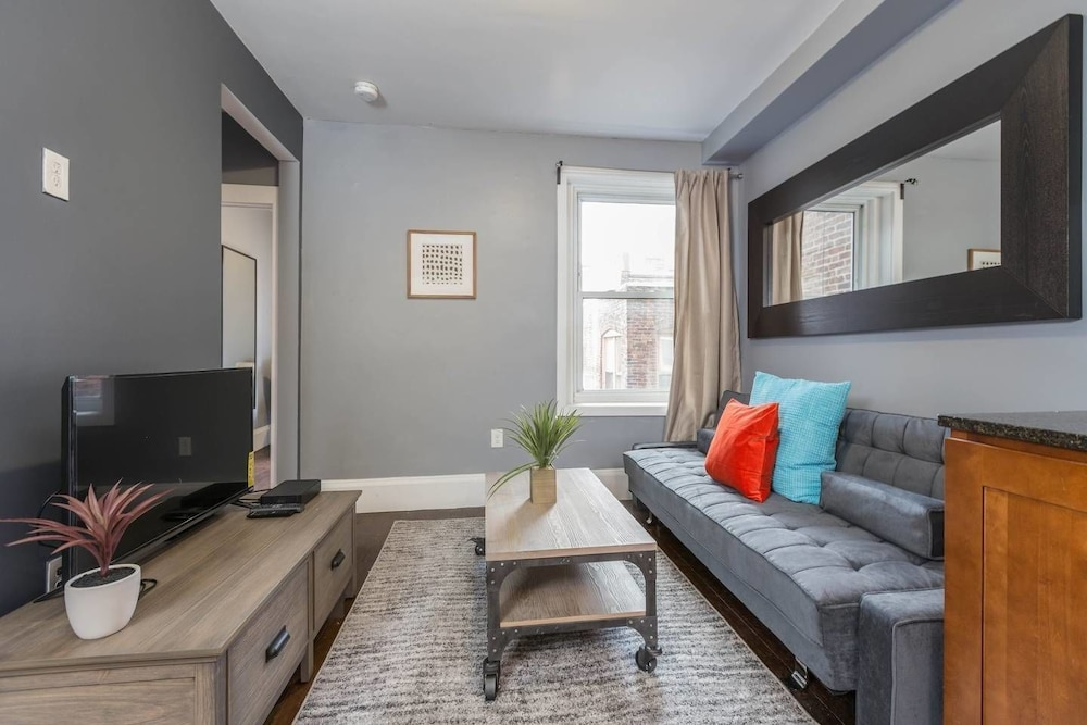 Wonderful 3BR in North End/little Italy: 2019 Room Prices $204 ...