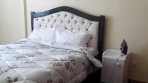 2 bedrooms, in-room safe, desk, free cribs/infant beds
