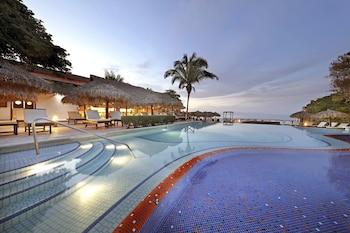 Riviera Nayarit Flight Hotel Packages Family Selection At Grand Palladium Vallarta Resort Spa All Inclusive