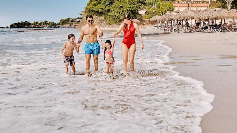 Family Selection at Grand Palladium Vallarta Resort & Spa - All Inclusive