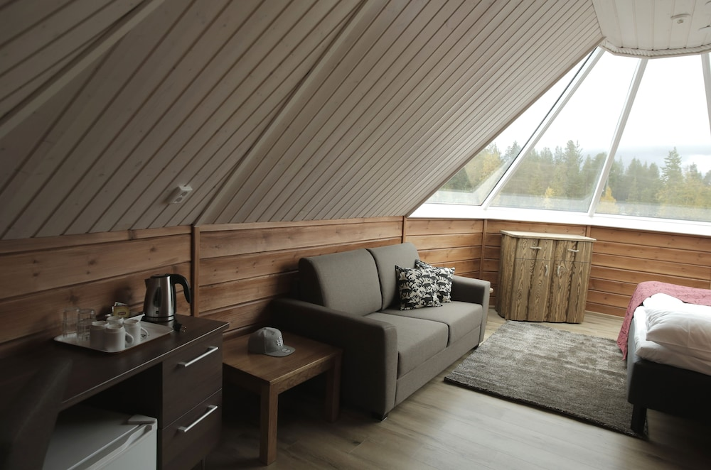 Room, Levi Northern Lights Huts