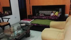 高档床上用品、隔音、熨斗/熨板、收费 WiFi
