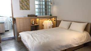 窗簾、摺床/加床 (收費)、免費 Wi-Fi、床單