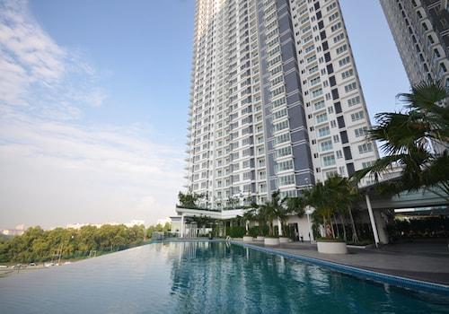 Hotels Near Desa Waterpark 32 Ebookers Com