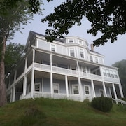 Hillside Landing B&B