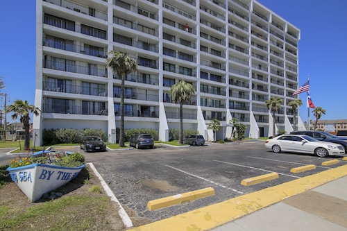 Great Place to stay By The Sea B906 2 Bedrooms 2 Bathrooms Condo near Galveston