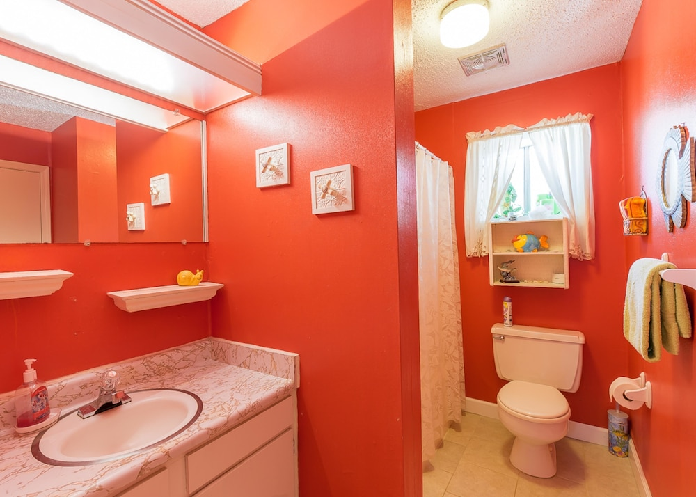 Bathroom, Gulf Terrace Condominiums