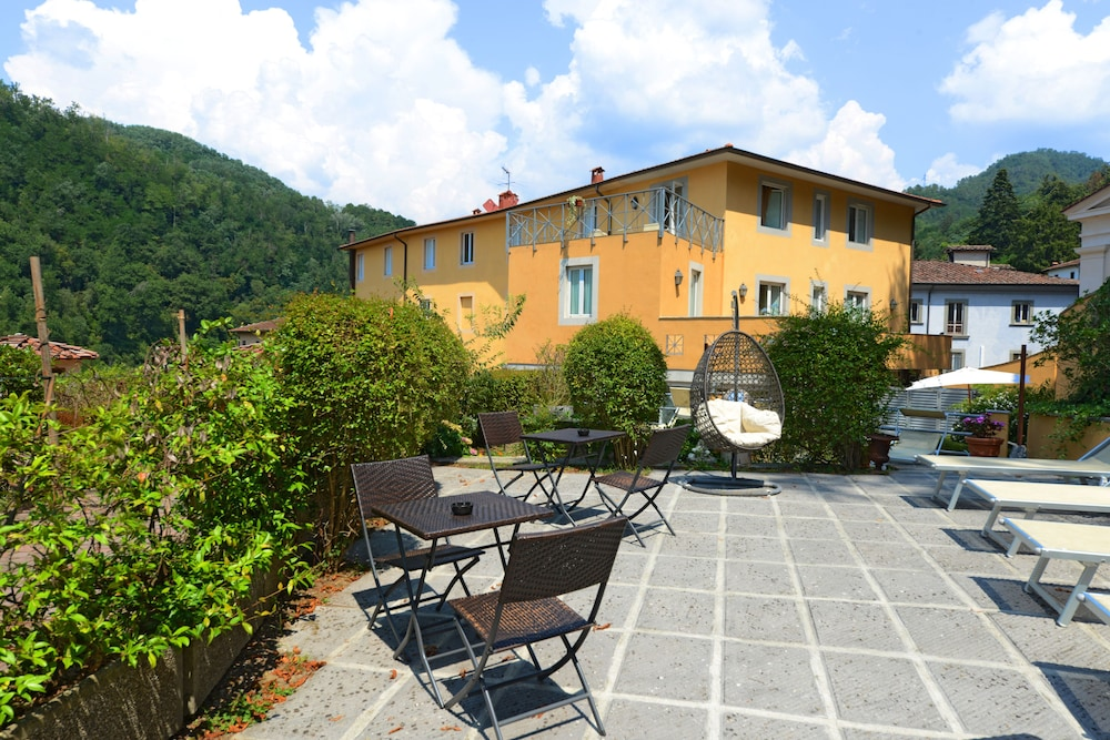 Hotel & terme Bagni di Lucca: 2018 Room Prices from $92, Deals ...