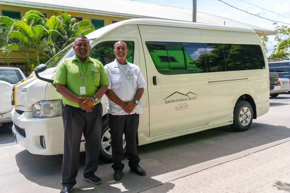 Airport Shuttle, Grand Coastal Hotel