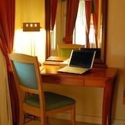 Forretningsfasiliteter i rommet