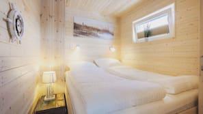 2 Schlafzimmer, individuell dekoriert, Verdunkelungsvorhänge