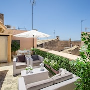 Residence by G C. de Sant Miquel Rooftop