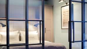 Premium-sengetøj, mørklægningsgardiner, gratis Wi-Fi, sengetøj