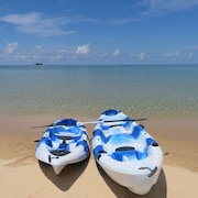 Bơi thuyền kayak