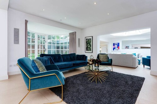 Luxury near Richmond Park