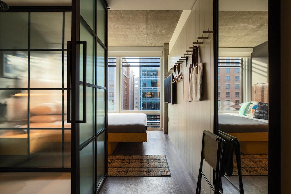 Featured Image, Moxy Washington, DC Downtown