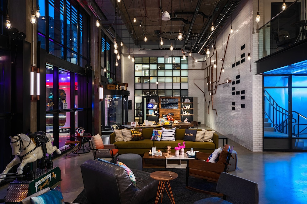 Lobby, Moxy Washington, DC Downtown