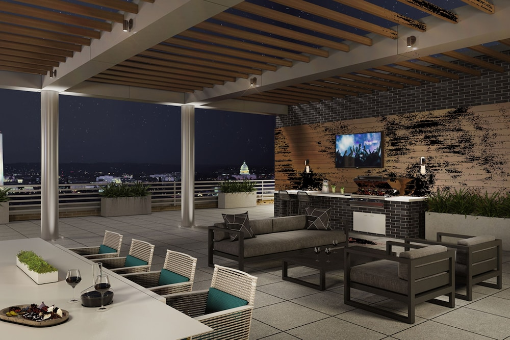 Terrace/Patio, Global Luxury Suites Crystal City