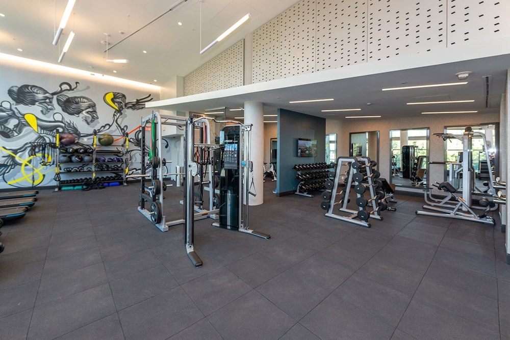 Fitness Facility, Global Luxury Suites Crystal City