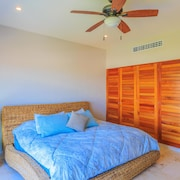 Isla 33 - 4 Bedroom PH #1301