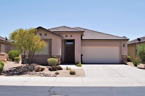 3 Bedroom Home in Mesquite #214 3 Bedrooms 2 Bathrooms Home