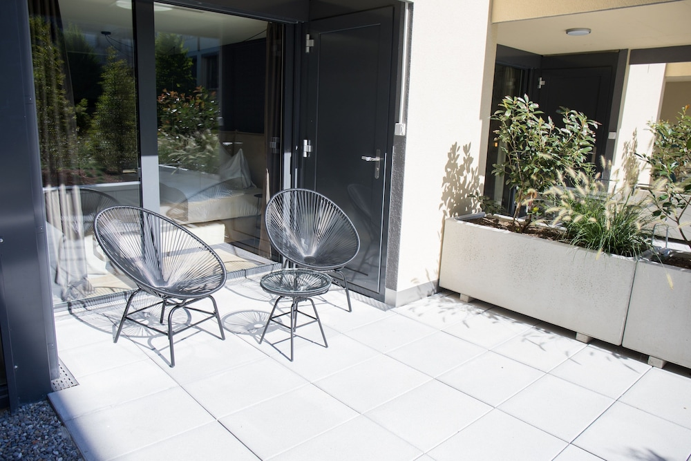 Terrace/Patio, Gubelhof Suites - Near Metalli Shopping Centre