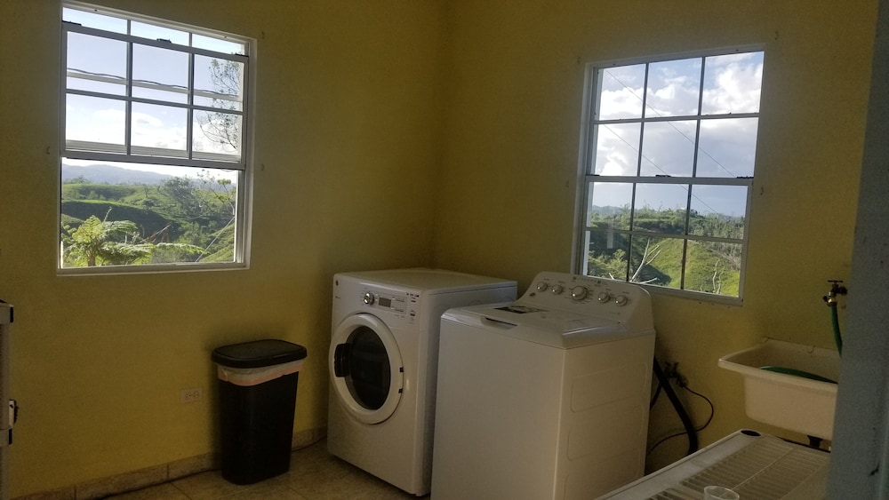 Laundry, Large Lakeview Mountain Home (Sleeps 1-45)
