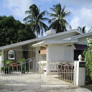 Real Bajan Beach House, 3 Bedroom, in Tropical Garden