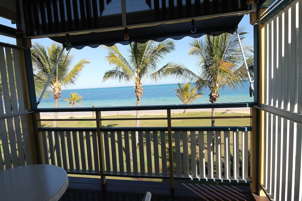 Balcony, Tangalooma Beachfront Villa 44 with Air Conditioning