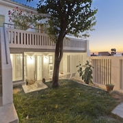 Modern 140 Sqm Villa With Seaview And Large Private Garden