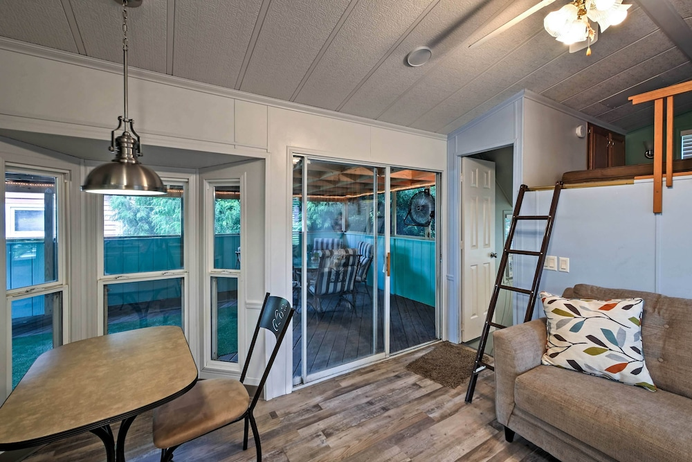 Room, Middle Bass Cabin w/ Grill & Lagoon Access!