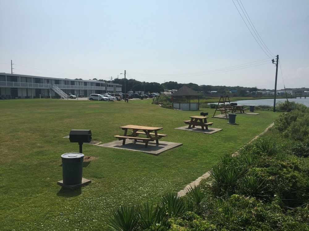 Property Grounds, NEW Listing ~ Beautiful Bogue Shores Studio Condo With Beach & Sound Access