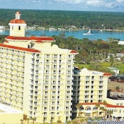 Luxury Hotel Condo Overlooking Ocean & Intercoastal Waterway