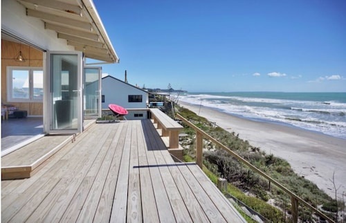 Beachfront Bach With Amazing Views