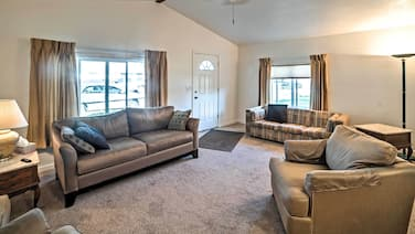 Billings Apartment: Easy Access to Trails & Parks!