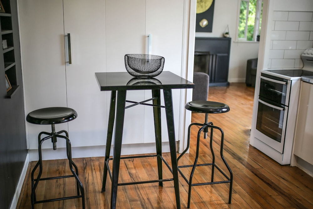 1 Bedroom Apartment Trees Auckland 2018 Reviews Hotel Featured Image