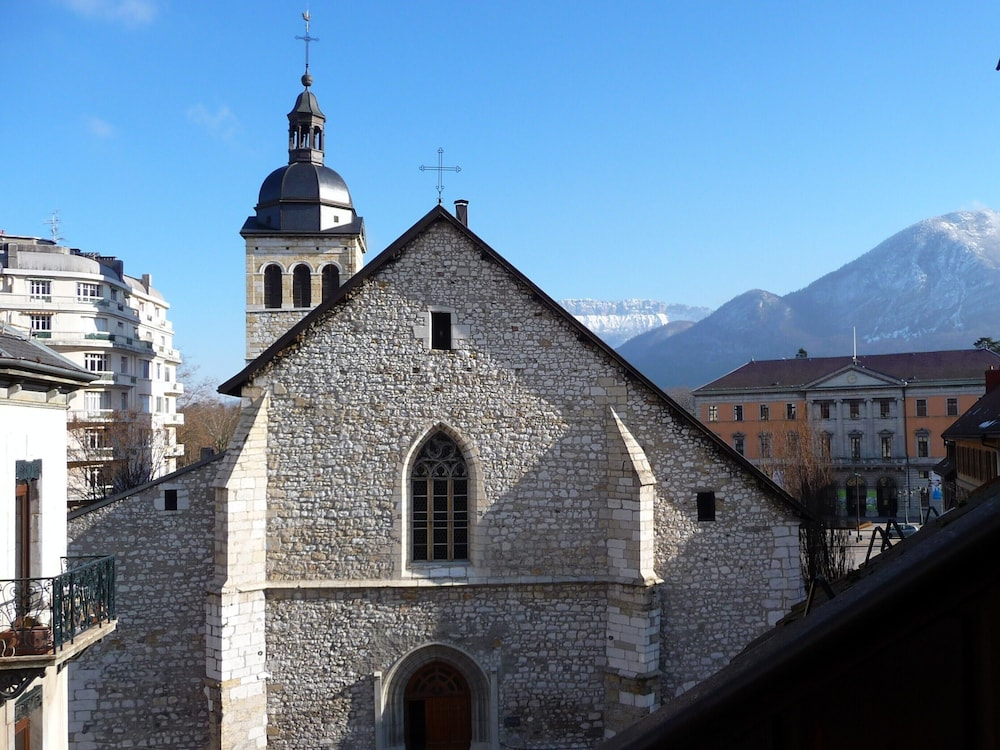 Exterior, Newly renovated,cosy and comfortable apartment in the Old Town center of Annecy