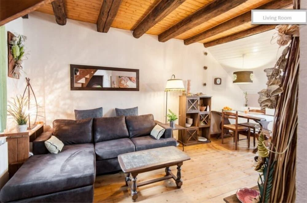 Living Room, Newly renovated,cosy and comfortable apartment in the Old Town center of Annecy
