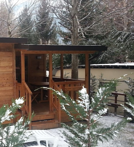 Chalet in Holiday Park Valle D'aosta Free Wifi