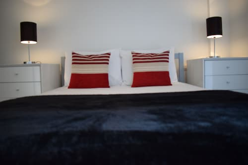 Serviced Apartments Leeds 8