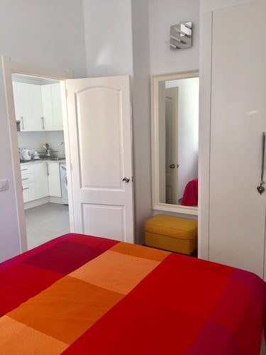 Nice 1 Bedroom Apartment In Matagorda 0 Out Of 5 Featured Image 27 All Photos
