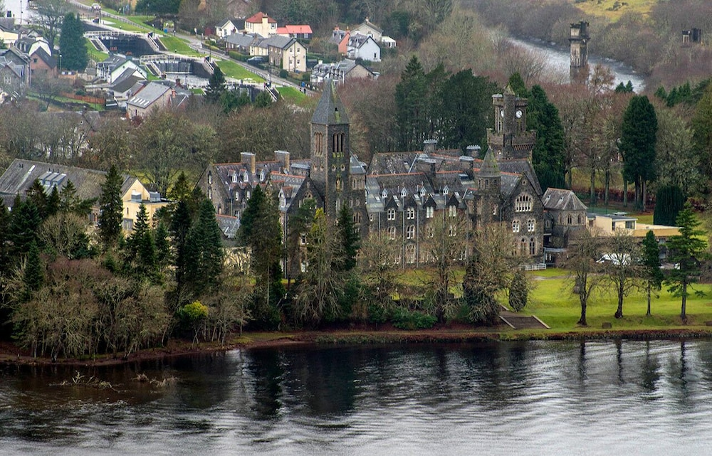Lake, Spectacular, Romantic Accommodation in an Abbey at the Shores of Loch Ness!